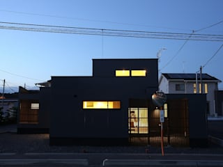 TKD-ARCHITECT Modern houses Grey