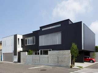 โดย MITSUTOSHI OKAMOTO ARCHITECT OFFICE 岡本光利一級建築士事務所 ผสมผสาน