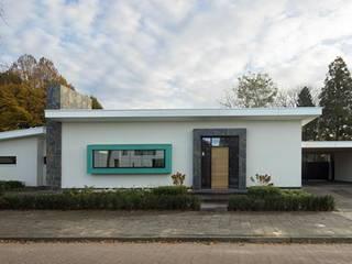 Дома в стиле модерн от Van der Schoot Architecten bv BNA Модерн