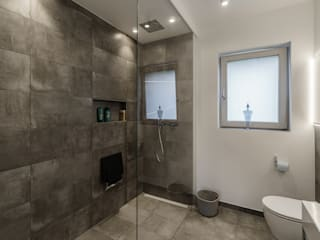 Will GmbH Modern style bathrooms Tiles Grey