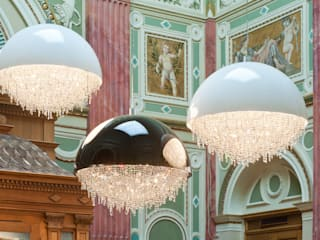 Ozero crystal chandelier composition in the Hungarian Art Gallery Manooi Pusat Eksibisi Modern