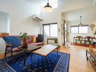 2階に住まう家 インダストリアルデザインの リビング の 株式会社スタジオ・チッタ Studio Citta インダストリアル