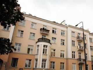 Homestaging Mieszkania w kamienicy, Warszawa: styl , w kategorii Domy zaprojektowany przez Mhomestudio