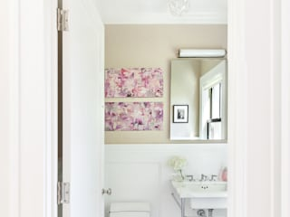 Modern bathroom by Clean Design Modern