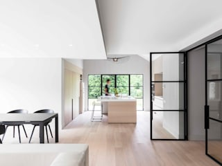 Project K Moderne woonkamers van JUMA architects Modern