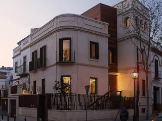 VIVIENDA- ESTUDIO HERRERO ARQUITECTOS:  de estilo  de Herrero/Arquitectos