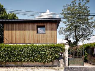 EXTENSION SURELEVATION MAISON HB33: Maisons de style  par Cendrine Deville Jacquot, Architecte DPLG, A²B2D