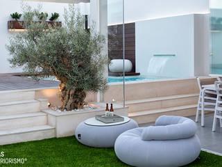 Terraza de diseño en Valencia.: Terrazas de estilo  de Ideas Interiorismo Exclusivo, SLU