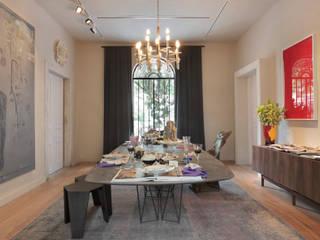 Comedores de estilo moderno de Gisele Taranto Arquitetura Moderno