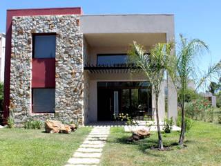 CASA DE FIN DE SEMANA - STEEL FRAMING Casas modernas: Ideas, imágenes y decoración de AM Estudios Moderno
