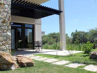 Casas modernas de AM Estudios Moderno