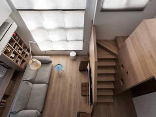 折‧日景   Transition Luminos View:  客廳 by 禾光室內裝修設計 ─ Her Guang Design