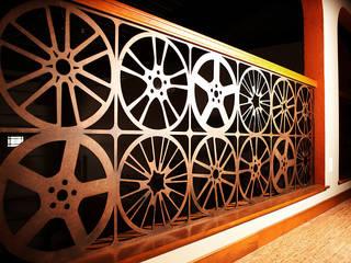 Corridor & hallway by homify, Modern Iron/Steel
