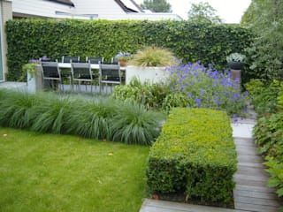Сад в стиле модерн от Joke Gerritsma Tuinontwerpen Модерн