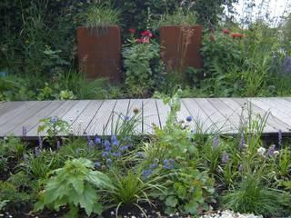 Plantenbak CorTenstaal: moderne Tuin door Joke Gerritsma Tuinontwerpen