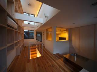 音楽室のある家 オリジナルデザインの 多目的室 の FORMA建築研究室 オリジナル