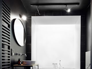 Minimalist style bathroom by BLACKHAUS Minimalist