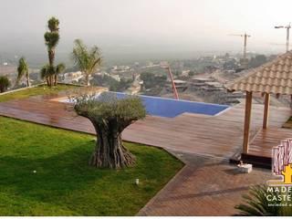 Moderne Pools von Maderas Castellar Modern