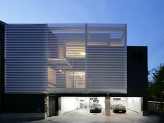 Kenji Yanagawa Architect and Associates White