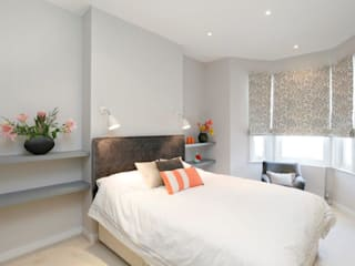 Earlsfield SW18: modern Bedroom by Clara Bee