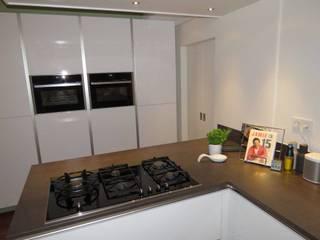 Pieter de Jong Keukens Dapur Modern