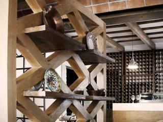 LA LOCANDA DEI CAVALIERI NERI: Restaurantes de estilo  por Labinterfases