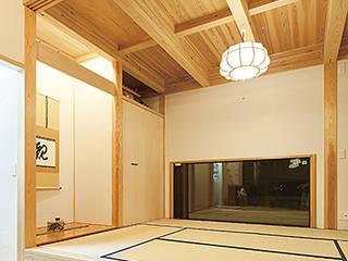 和室: 株式会社カキザワ工務店/カキザワホームズが手掛けたコンベンション・センターです。