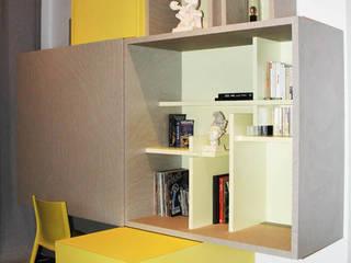 meuble bureau bibliothèque sur mesure à Lyon:  de style  par Koya Architecture Intérieure, Moderne