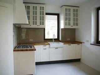 Dom w Kampinosie Skandynawska kuchnia od Nolk Plan Skandynawski
