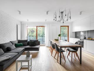 Realizacja projektu wnętrza Mieszkania w Poznaniu. Nowoczesny salon od MO Architekci Nowoczesny