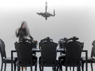 Minimalist dining room by l i n e a r c h i t e c t s Minimalist