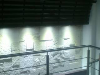 ILUMINACION: Estudios y oficinas de estilo  por DISEÑO APLICADO AVANZADO DE GUADALAJARA 2