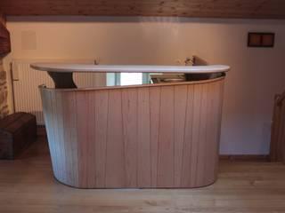 meuble bar par Atelier Bois Dlilio Moderne