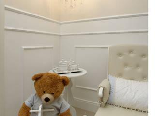 Cris Nunes Arquiteta Nursery/kid's roomAccessories & decoration