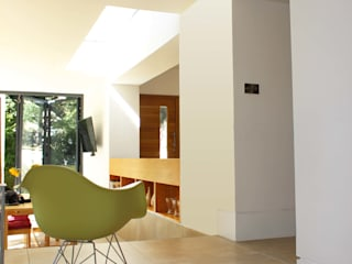 Project 349 Koridor & Tangga Modern Oleh Project 3 Architects Modern Batu Kapur