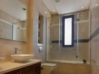 Baños de estilo moderno de YAS interior designs Moderno