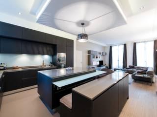 Cuisine ouverte sur salle de séjour Salon moderne par LA CUISINE DANS LE BAIN SK CONCEPT Moderne
