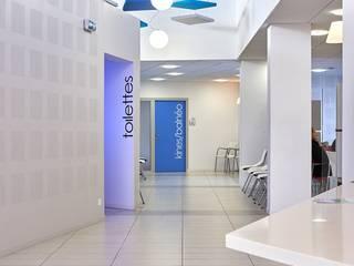 Pôle de santé à Lessay , Manche Cliniques minimalistes par Camélia Alex-Letenneur Architecture Design Paysage Minimaliste