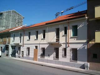 Casas de estilo clásico de Fabio Ricchezza architetto Clásico
