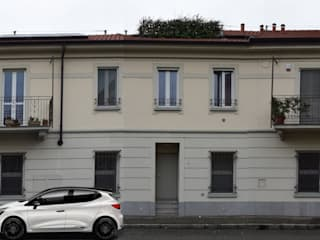 Fabio Ricchezza architetto Casas de estilo clásico Beige