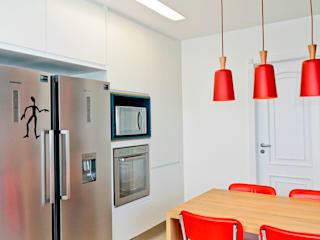 Cocinas de estilo moderno de Renata Romeiro Interiores Moderno