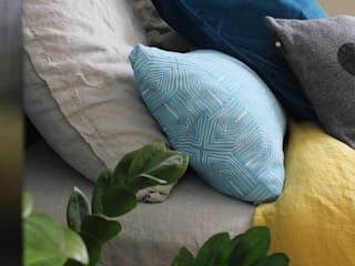 Home staging Chambre scandinave par LD&CO.Paris 'La Demoiselle et la Caisse à Outils' Scandinave