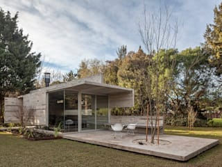 Casas estilo moderno: ideas, arquitectura e imágenes de Besonías Almeida arquitectos Moderno