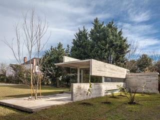 Nowoczesny ogród od Besonías Almeida arquitectos Nowoczesny