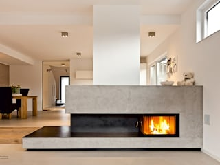 Living room by edelundstein GmbH ,