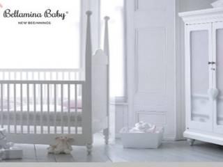 Bespoke Nursery Room por Bellamina Baby Clássico