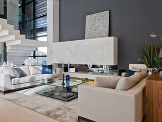 Studio Leonardo Muller Livings de estilo moderno Mármol