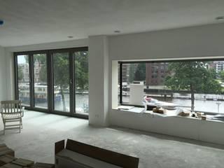 Modern Living Room by MSW Bouwadvies Modern