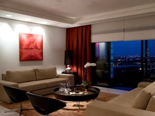 Studio Leonardo Muller Modern living room Red