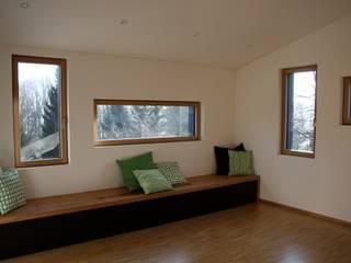 haus p - starnberg Moderne Wohnzimmer von architekturbüro holger pfaus Modern